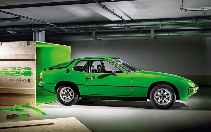 Komt er een betaalbare Porsche? Als het aan ontwerpchef Michael Mauer ligt wel.