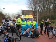 Scooterrijder en fietser gewond bij botsing op Liendertseweg