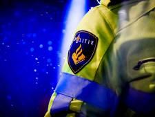 Steekpartij op pont Amsterdam, verdachte in benen geschoten