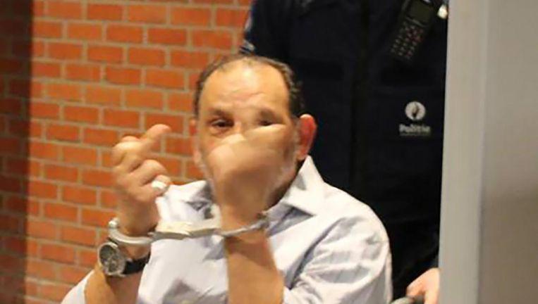Handboeien of niet, El Sayed 'Mike' Farag (62) toonde zich gisteren in de brutaal in de rechtbank.