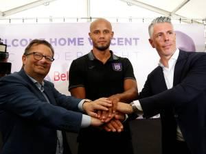 Revivez la présentation de Vincent Kompany à Anderlecht