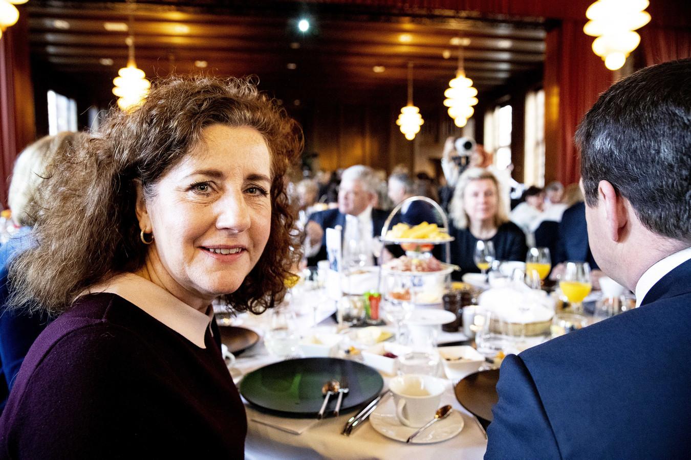 Minister Ingrid van Engelshoven (Emancipatie), voorstander van een vrouwenquotum, was in maart bij het jaarlijkse topontbijt met topvrouwen en -mannen van Nederlandse organisaties.
