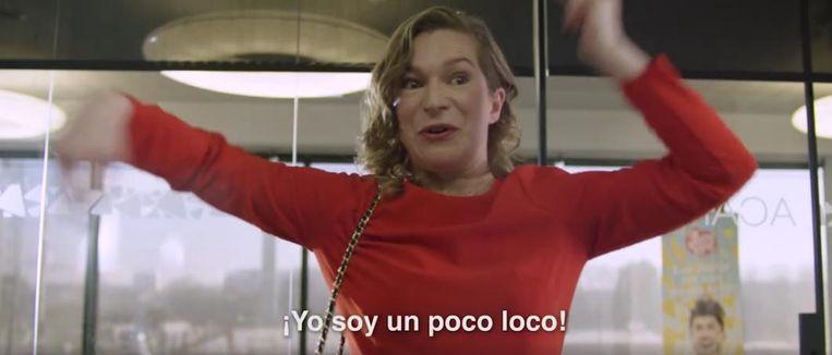 In het filmpje solliciteert een dolenthousiaste flamencodanseres bij de tortillaproducent.