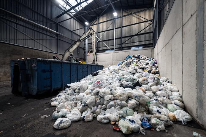 ARN in Nijmegen, het bedrijf dat luiers verwerkt, heeft voorlopig geen capaciteit voor Zaltbommels afval.
