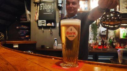 Café 't Krawietelke tapt eerste pint op Gentse bodem na bijna drie maanden lockdown