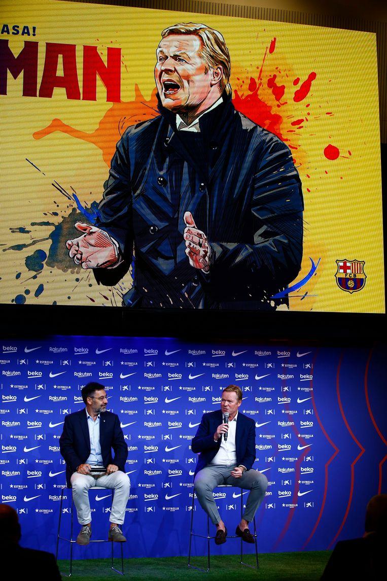 Ronald Koeman (rechts) bij zijn presentatie als nieuwe trainer van FC Barcelona, een week geleden. Beeld AP