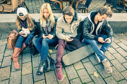 Vooral jongeren nemen bij hun abonnement meteen een smartphone.