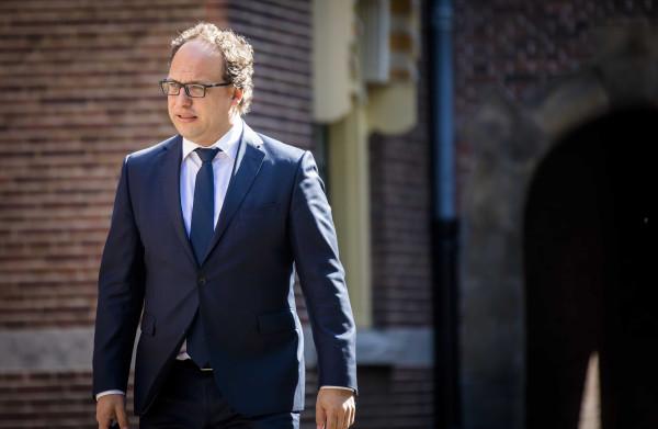 **Minister verwerpt kritiek eigen inspectie op 'onterechte' ontslagen**