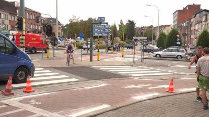 Voorrangsregels fietsers teruggedraaid: 28.000 euro om wegmarkering te herstellen