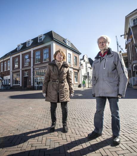 Voor de acht slachtoffers van de explosie tijdens het bevrijdingsfeest in Oldenzaal is geen monument