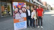 Zwemmen en zandsculpturen maken aan Ninia Shopping Center tijdens eerste 'Family First day'