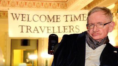 Die keer dat Stephen Hawking een feestje voor tijdreizigers organiseerde... en niemand kwam opdagen