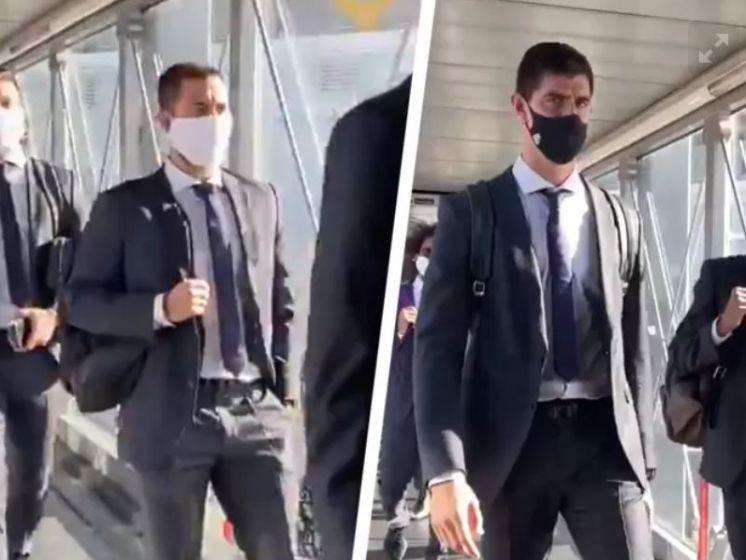 Hazard en Courtois stappen op vliegtuig richting Duitsland