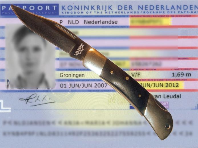 Stockfoto: Identiteitsbewijs en valmes
