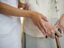 Les infirmiers à domicile auront également droit à la prime de 985 euros