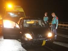 Auto ramt verkeersbord in Wierden