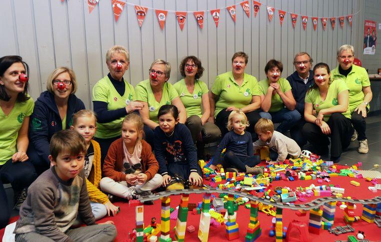 Op het Legofeest ten voordele van Rode Neuzen Dag trof je verschillende generaties samen aan.