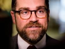 Dijkhoff snapt verzwijgen memo's dividendbelasting: 'Wel een rommelig beeld'