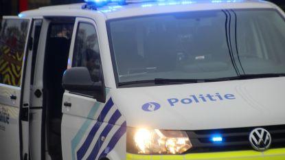 Agenten vinden 1,3 kilo hasj... in eigen politiecombi