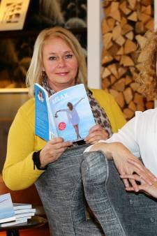 Twaalf maanden zonder stress; Abcoudse onderneemsters lanceren handboek