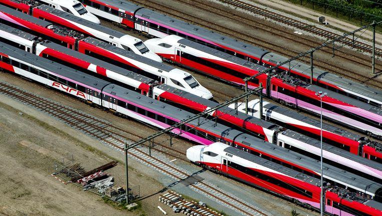 Fyra-treinstellen bij Amsterdam. Beeld anp