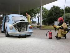 Kever vat vlam bij tankstation Amstelhoek