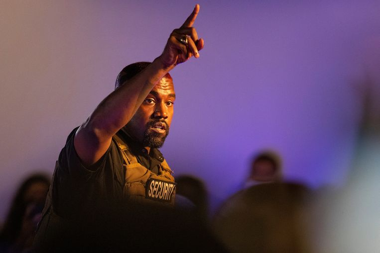 Kanye West tijdens de verkiezingsrally Beeld AP