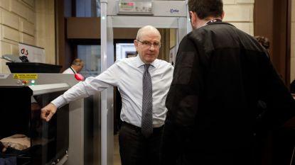 Ministers testen nieuwe ingangen Justitiepaleis