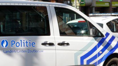 Inbraken in Laarstraat en Kiezelweg