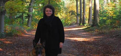 Hond verstijft bij zien van wolf op Veluwe