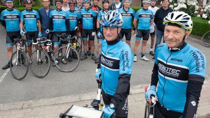 Luc en René met de fiets naar bedevaartsoord Santiago De Compostella