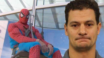 Hij was alom geliefd voor zijn werk als Spiderman in kinderziekenhuis. Maar onder dat pak bleek hij pervers roofdier. En hij aasde op allerkleinsten