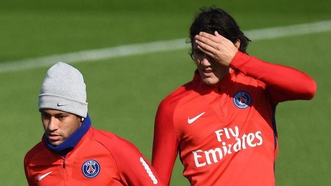 """""""Cavani weigert meer dan 1 miljoen euro om penalty's te laten nemen door Neymar"""""""