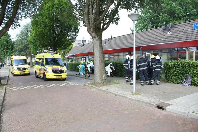 In een woning aan de Van der Meystraat in Eindhoven is een dode man gevonden