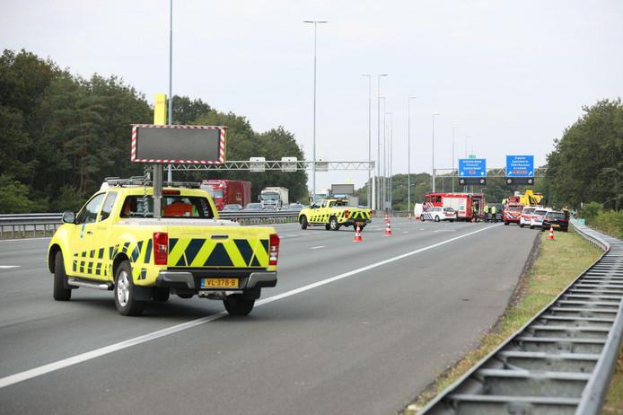Ongeluk op de A50 bij knooppunt Grijsoord.