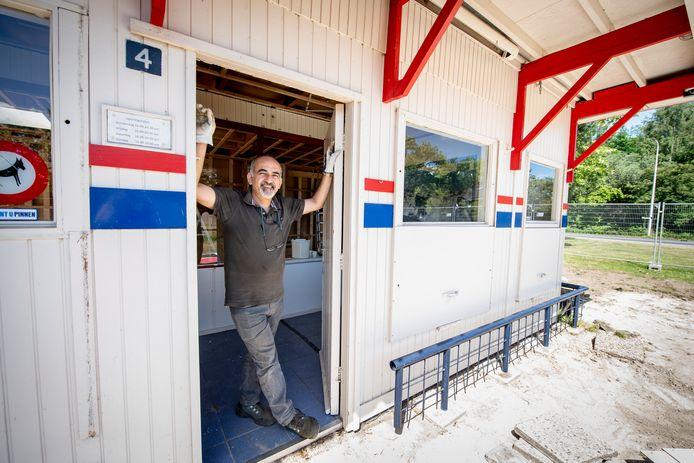 Na jaren trouwe dienst gaat de frietkot in de Blokken op de schop om plaats te maken voor nieuwbouw. Eigenaar Sabit Figengul wil uitbreiden.