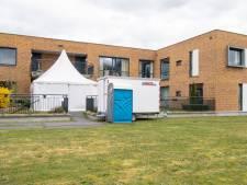 Saxenburgh wil besmettingsgolf in zorghuizen voorkomen; centrale opvang in 't Vlierhuis in Ommen
