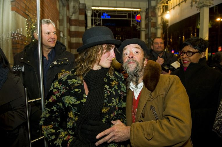 Wijnboer en schrijver Ilja Gort en zijn vriendin op het Boekenbal in maart. Beeld anp