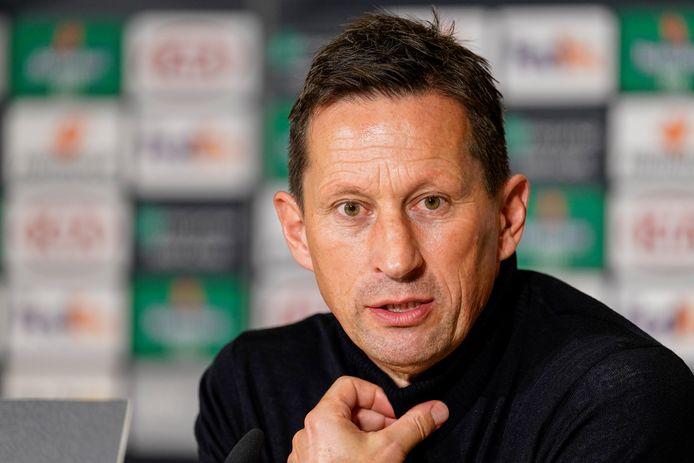 Trainer Roger Schmidt vindt de komende interlandperiode in november niet verantwoord, als de huidige corona-cijfers blijven oplopen.
