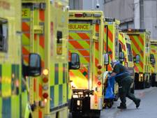 """""""Tsunami"""": comment l'Irlande est devenue le pays où le coronavirus se répand le plus vite"""
