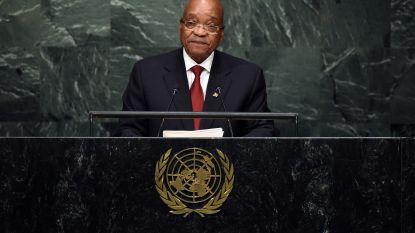 "Zuid-Afrikaanse president Zuma neemt ""onmiddellijk ontslag"""
