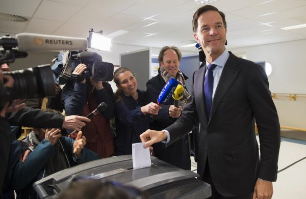 De **laatste Slag om het Referendum** begint met 'schoffering van de rechters'