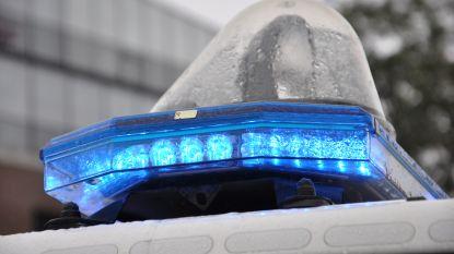 """Twintiger installeert blauwe lichten en sirene op pas gekochte wagen: """"Ik deed het voor de show"""""""