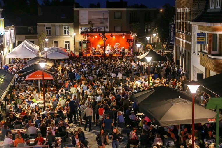 De organisatoren van 'De Mèt Duvelt' sluiten op vrijdag 30 augustus de gratis vrijdagavondconcerten af met de Merchtemse groep DUK.