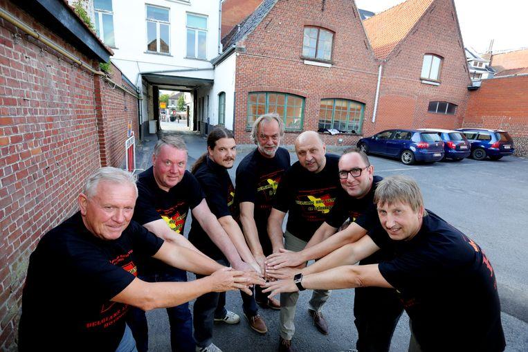 De Fielesoofen halen het WK BBQ naar Torhout.