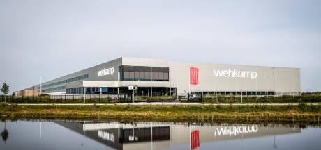 Teruggestuurde kneusjes worden door Wehkamp uit Zwolle doorverkocht: 'Ze krijgen een tweede kans'