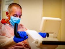 ASz geeft medewerkers die met ov reizen gratis mondkapjes