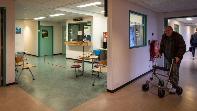 De shock van de dreigende sluiting werd woensdag door veel patiënten van MC Slotervaart gedeeld Beeld Dingena Mol