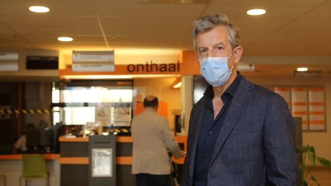 """Op stap in RZ Heilig Hart Tienen met algemeen directeur én longarts Hans Struyven: """"De mensen zijn 'het' moe, maar wij zijn letterlijk pompaf"""""""