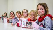Leerlingen ontwerpen wenskaarten voor Rode Neuzen Dag